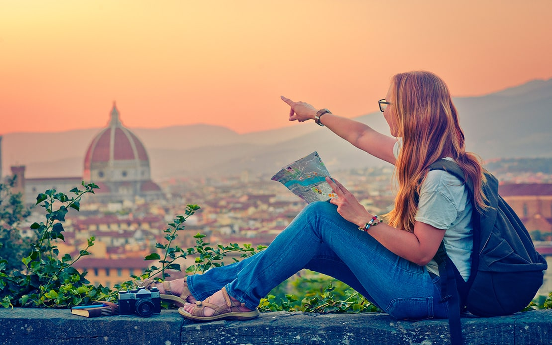 The Best Tips to Choose Best Travel Guides